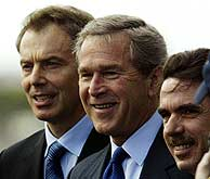 Tres hombres felices
